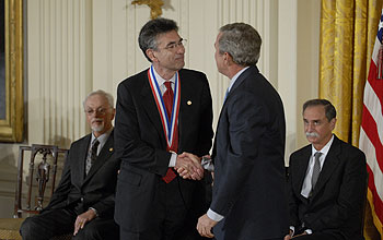 Photo of 2007 National Medal of Science Awardee Robert Lefkowitz.