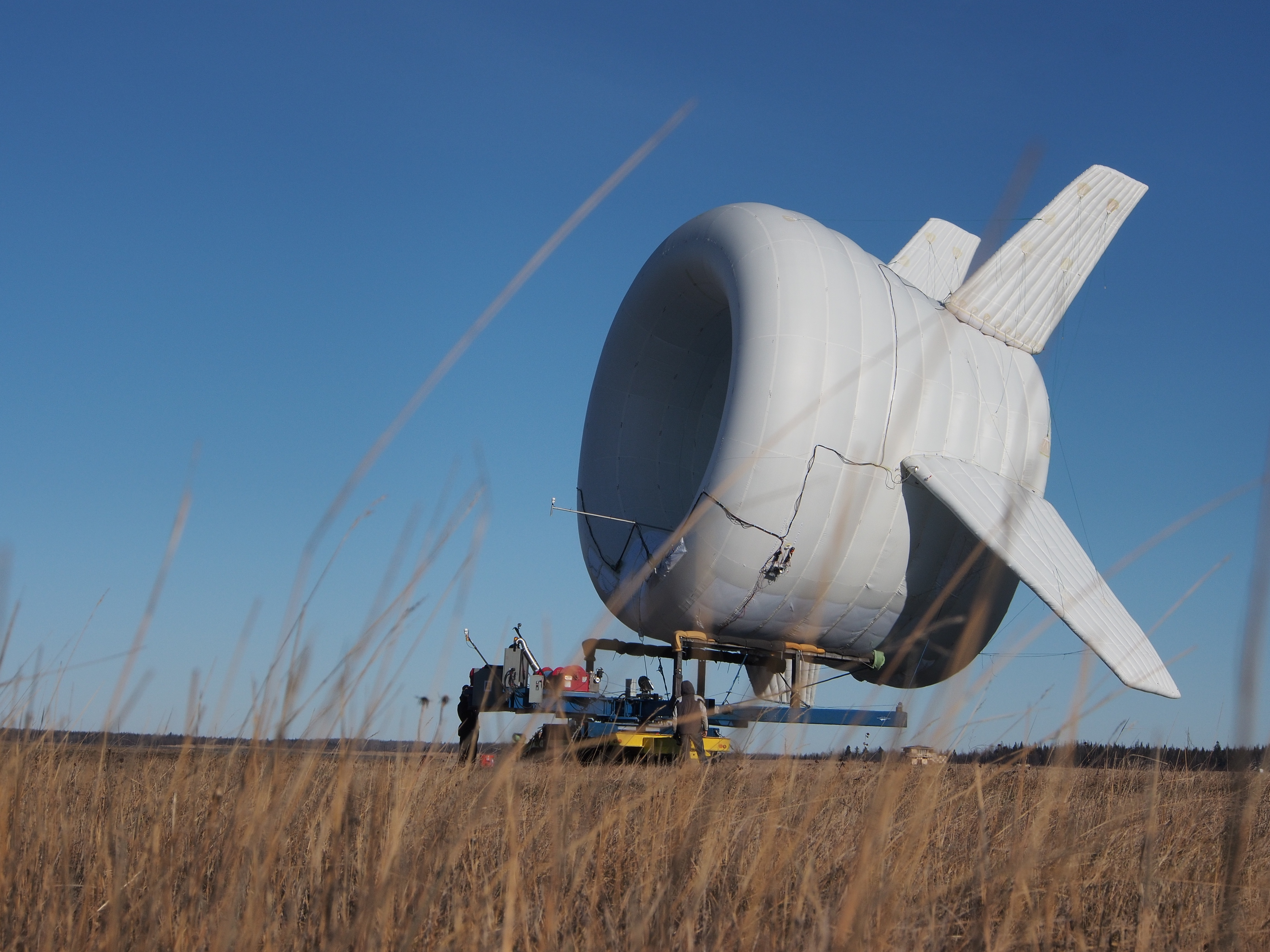 flying wind generators Airborne wind energy systems: a review of the who calculated that wind turbines installed on a crosswind flying kite could be able to generate up to 5 times.