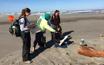 four women citizen scinetists on the Pacific coast