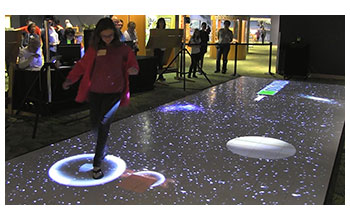 Multimedia Gallery - 'MEteor' teaches students about astrophysics