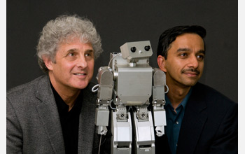 Photo showing psychologist Andrew Meltzoff and computer scientist Rajesh Rao.