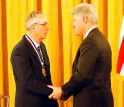 John Bahcall receives the Medal of Science from President Clinton.