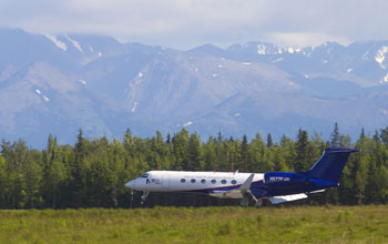 The Gulfstream V taxis into Anchorage