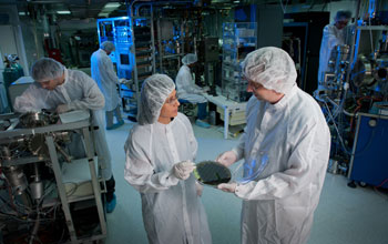 Photo of Veena Misra and John Muth in the NCSU Nanostructures Laboratory.