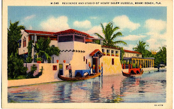 Postcard from the 1920s showing a Miami Beach residence with Venetian gondoliers.