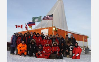 Photo of the international field team at the drill site.