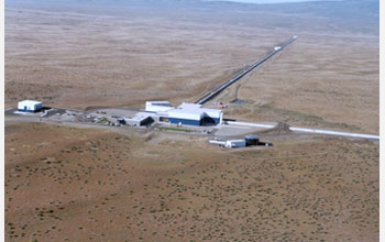 Photo showing an aerial view of the LIGO Hanford Observatory, located in southeastern Washington.