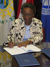 Dr. Cora Marrett signs MOU on G8 Research Councils Initiative on Multilateral Research