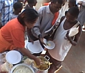 Video of food being served in Mozambeak