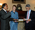 Subra Suresh, his wife, Mary, and White House science advisor John Holdren