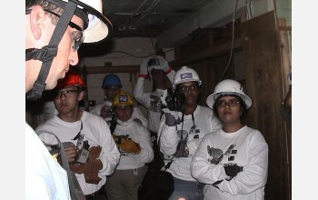 Sam Stover briefs researchers for search-and-rescue exercise.