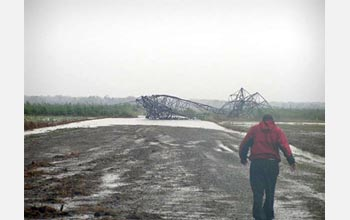 Photo of a transmission tower that failed.
