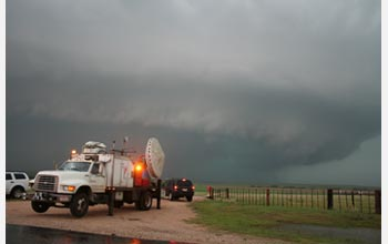 Photo of Doppler-on-Wheels, which can go near tornadoes.