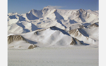 Photo of the Transantarctic Mountains where the boulder was found.
