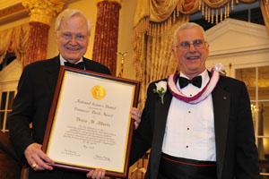Image of Ray Bowen and Bruce M. Alberts