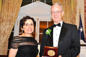 Image of France Córdova and Charles M. Vest
